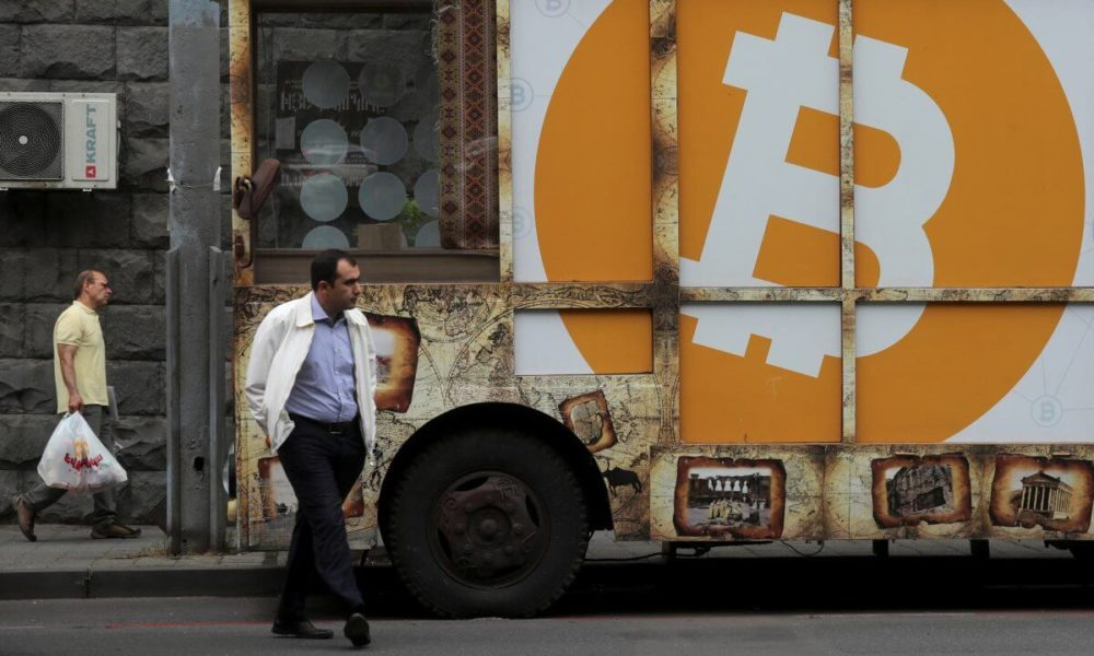 Bitcoin Beats Gold in Safe Haven Battle as Coronavirus Death Toll Rises