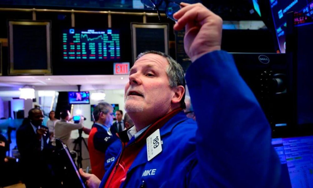 The Dow Is Climbing Because the 'Everything Bubble' Is Back